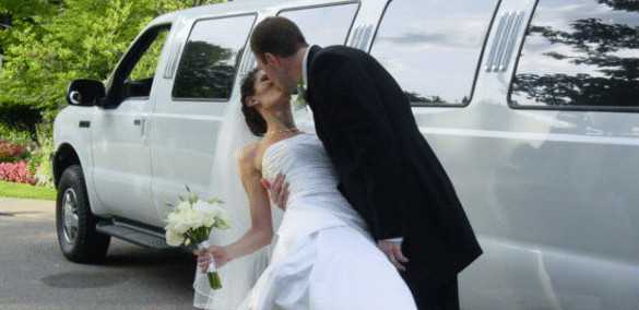 Metro Detroit Wedding Limos
