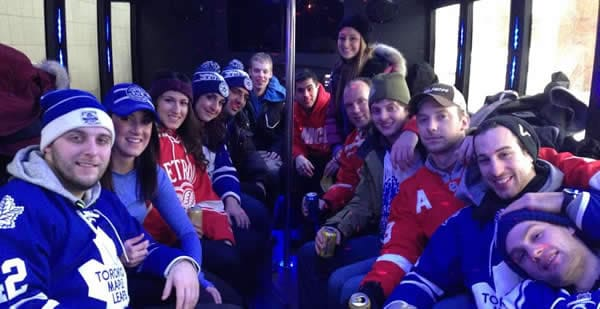 3 Reasons to Hire a Detroit Limo Service for a Red Wings Game